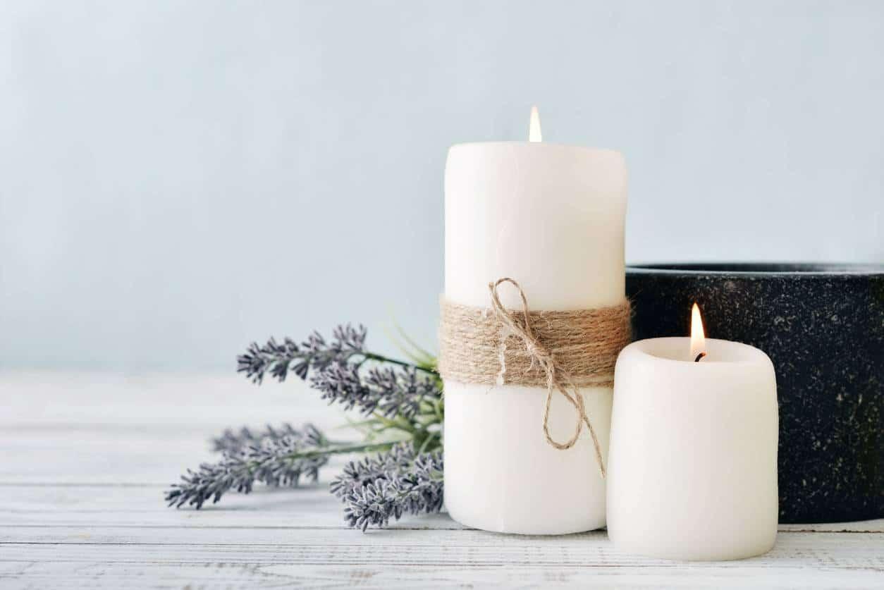comment décorer un salon de massage avec des bougies parfumées naturelles