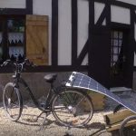 comment être autonome en énergie lors d'un voyage à vélo électrique